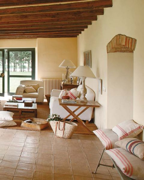 Une ferme r nov e en catalogne planete deco a homes world - Decoracion de salones rusticos ...