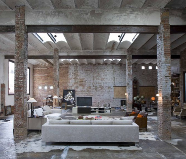 Un loft industriel en centre ville planete deco a homes world - Deco loft industriele ...