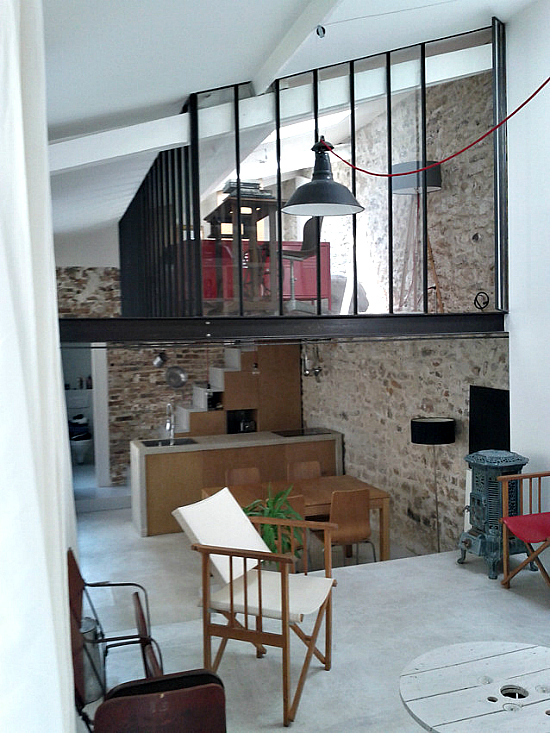 Un atelier d 39 artiste devenu loft paris planete deco a homes world - Atelier d artiste paris ...