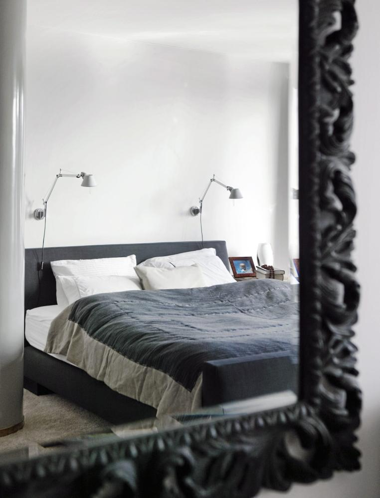un mur de papillons comme philippe starck planete deco a homes world. Black Bedroom Furniture Sets. Home Design Ideas