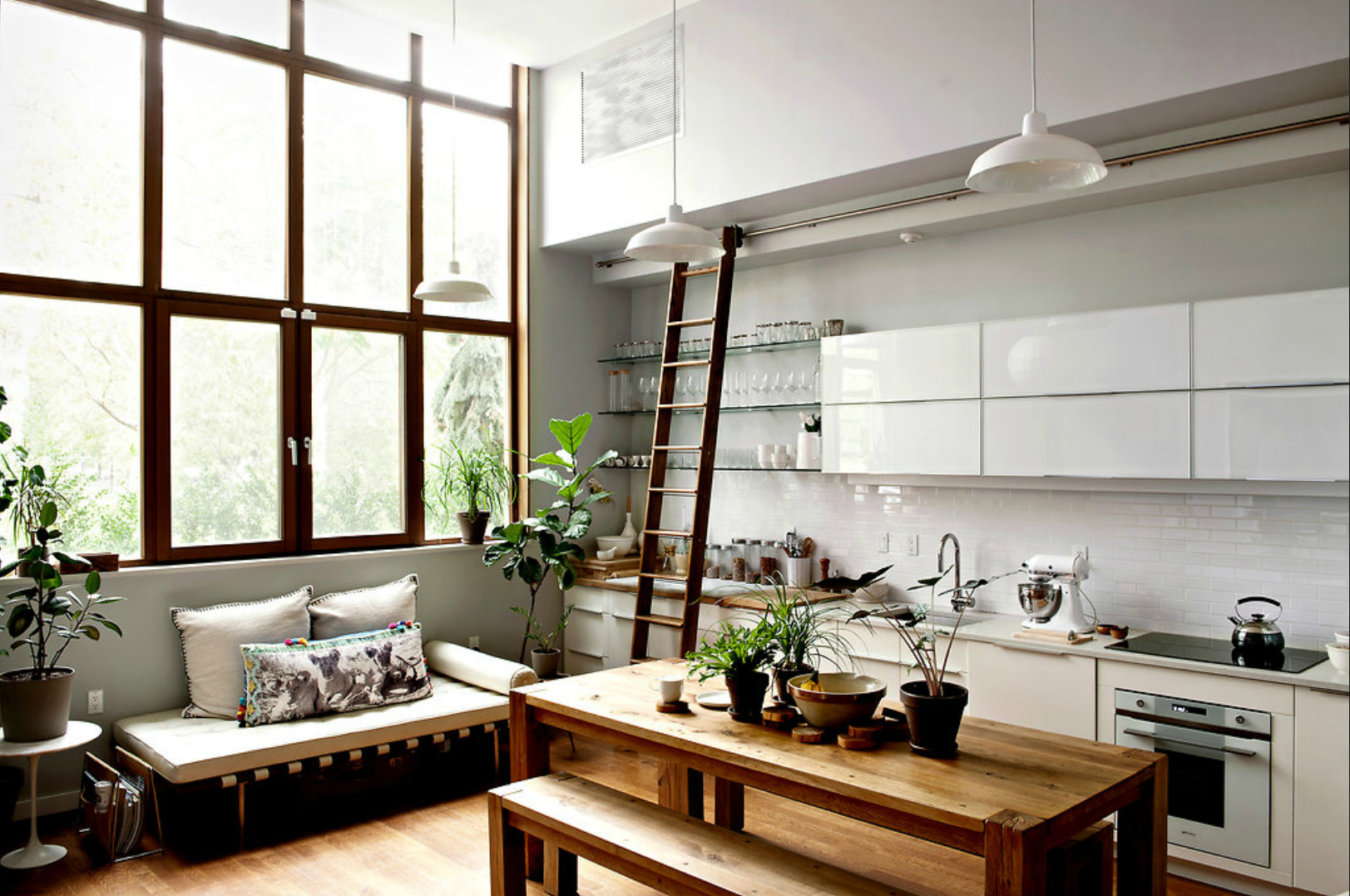 Un appartement d 39 artiste new york planete deco a homes for Morning kitchen ideas