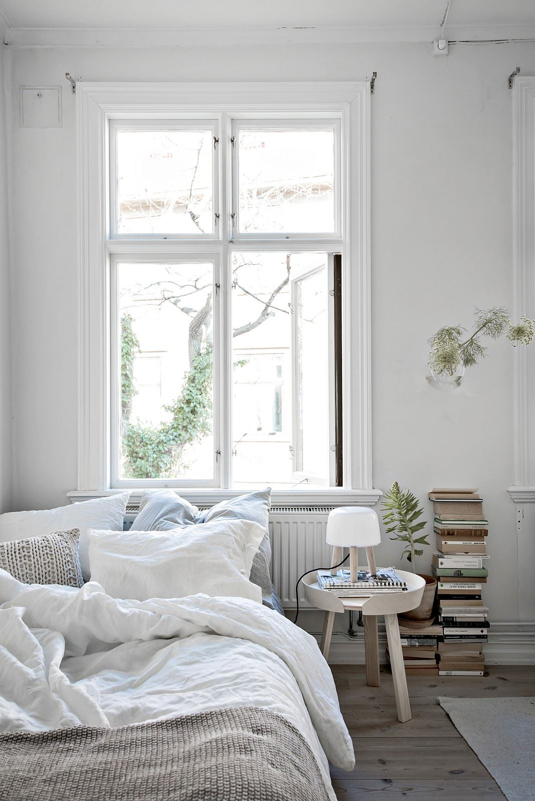 Un premier appartement de r ve planete deco a homes world for Small bedroom design minimalist