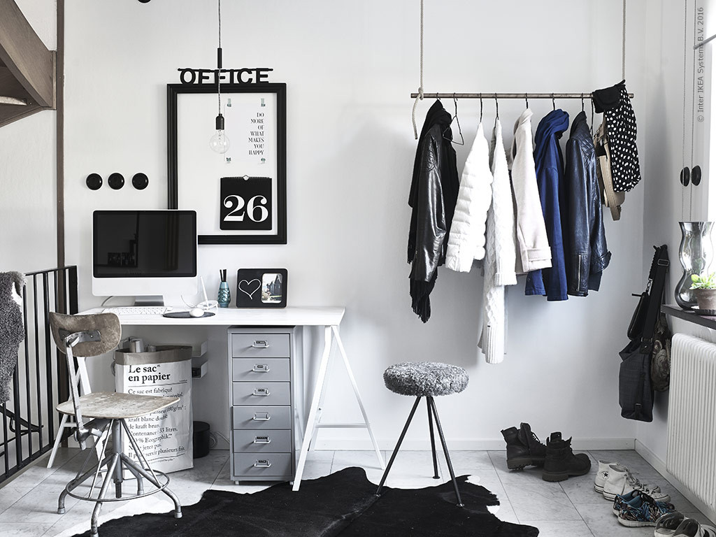 Un bureau en noir et blanc planete deco a homes world