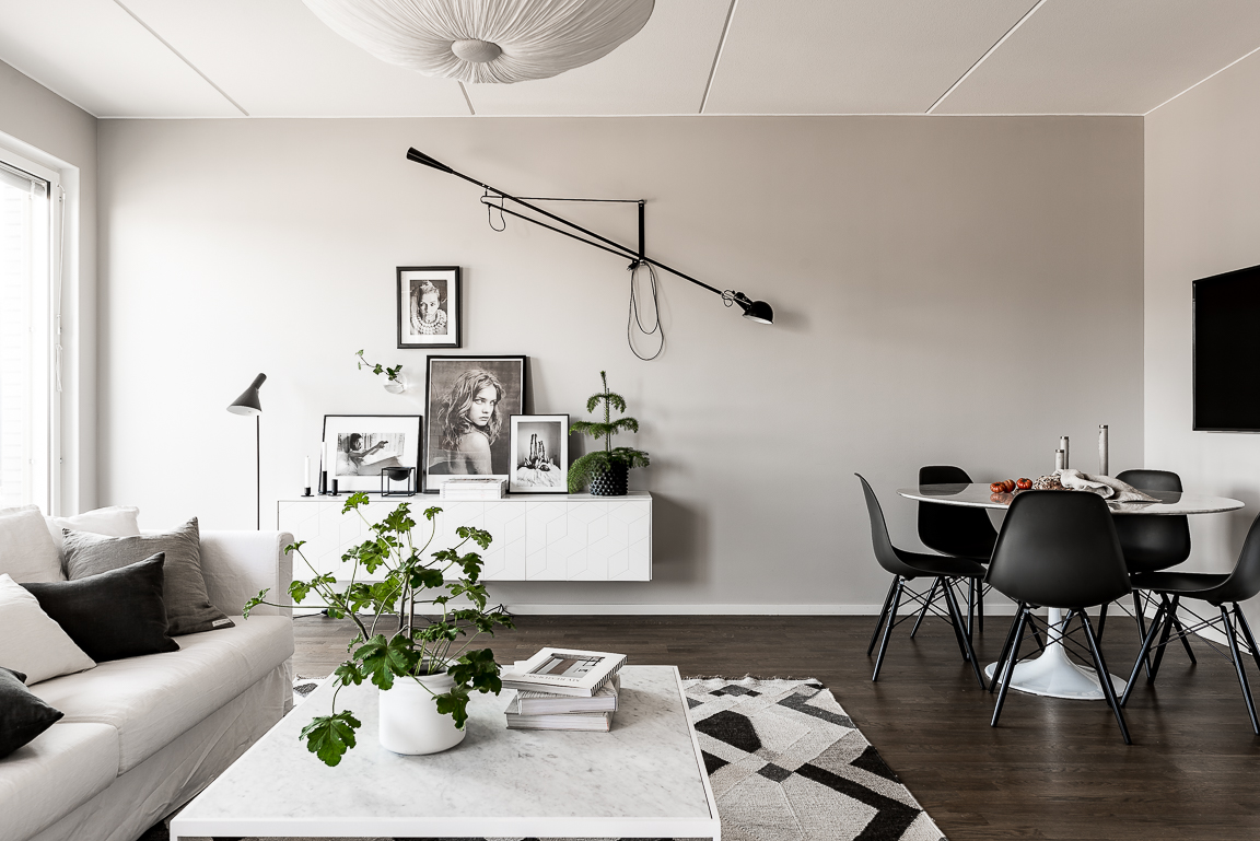 Un dressing en noir et blanc planete deco a homes world for Decoracion estilo nordico