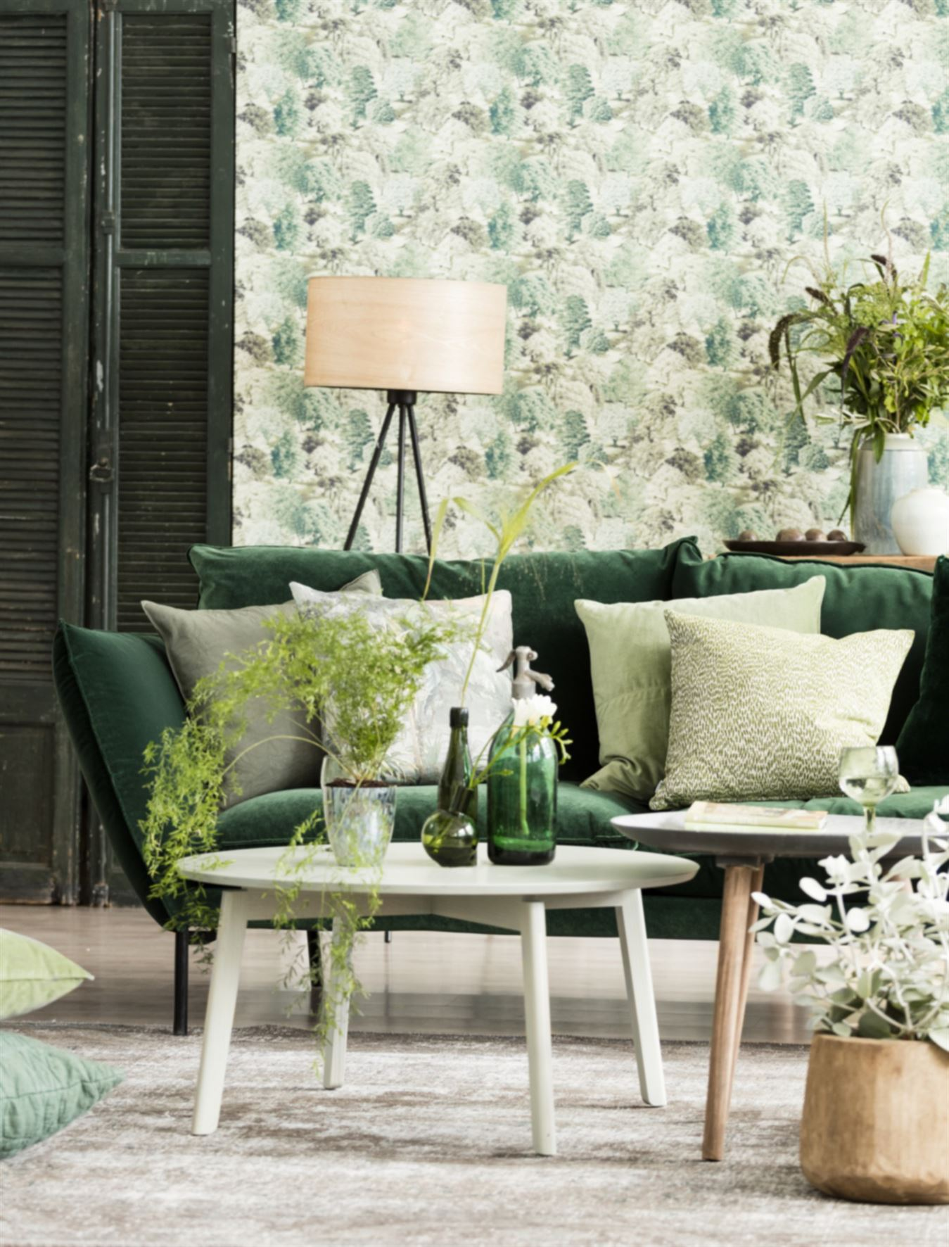 Mettre du vert dans la maison planete deco a homes world for Mesas auxiliares zara home