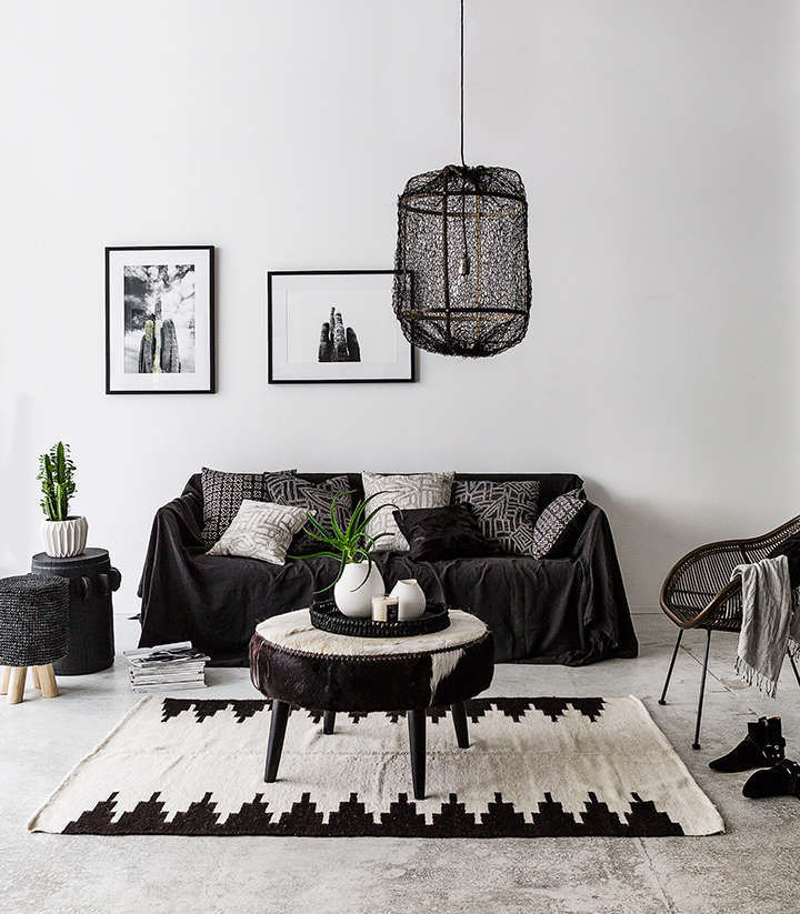 deco ethnique noir et blanc. Black Bedroom Furniture Sets. Home Design Ideas