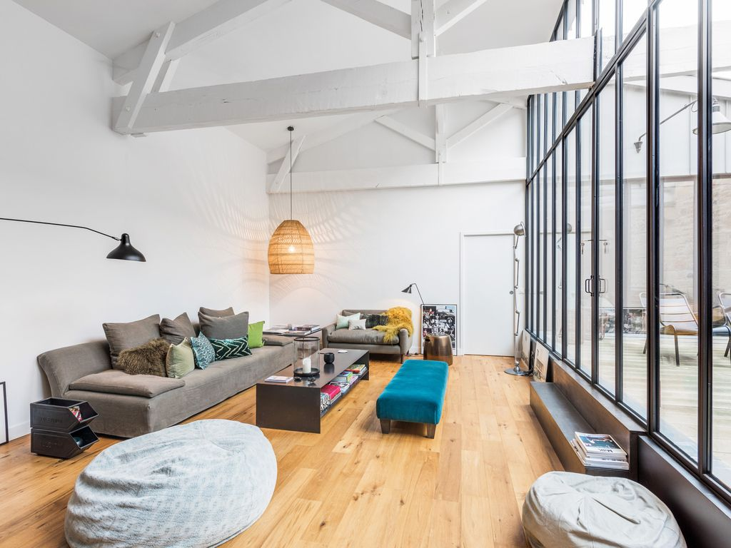Un loft industriel en ville planete deco a homes world bloglovin - Loft industriel deco ...
