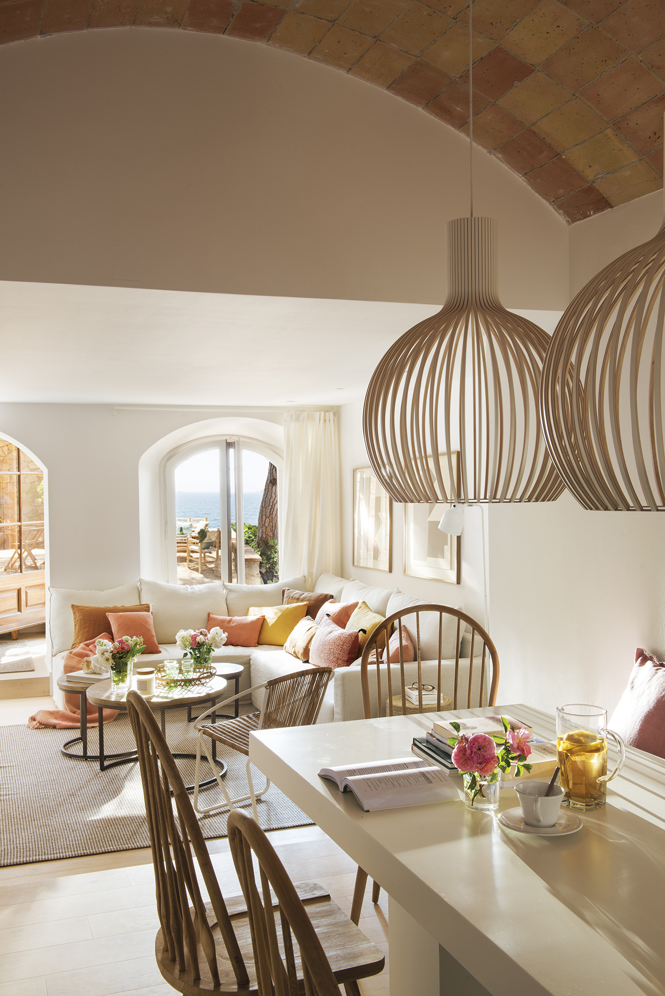 For Interior Designer Bárbara Sindreu, The Renovation Of This Small House  Near The Beach, Surrounded By Pines, Was Not Only A Job But A Real Pleasure  To Do.